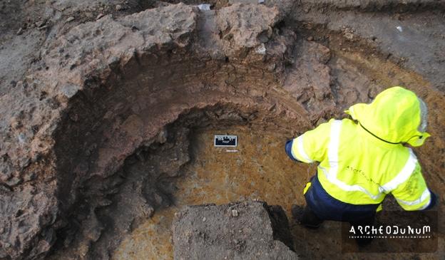 Fig. 4 : Une niche semi-circulaire, emplacement probable d'un bassin dans les thermes
