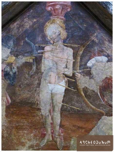 Figure 2 : détail des fresques de la chapelle latérale sud, représentant le martyre de Saint-Sébastien