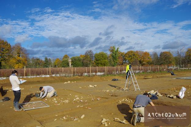 Pontivy - Les archéologues au travail