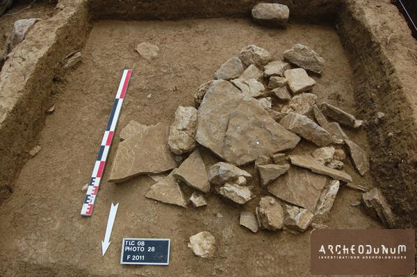 Vue du probable monument funéraire Néolithique final/Bronze ancien
