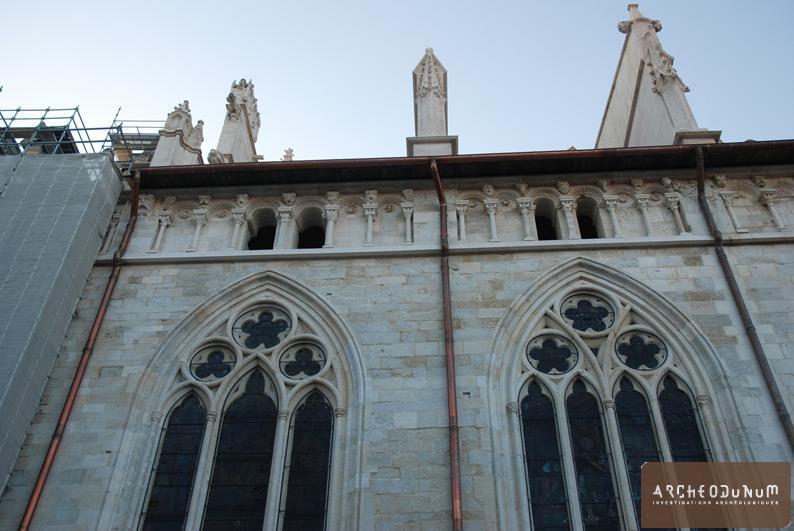 Vienne - Vue des travées 5 et 6 des chapelles nord après restauration.