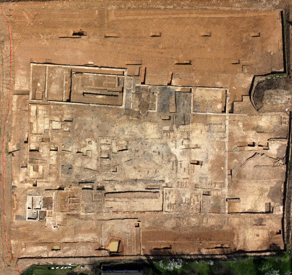 Vue drone verticale de l'ensemble du site (cliché M. Chagny)