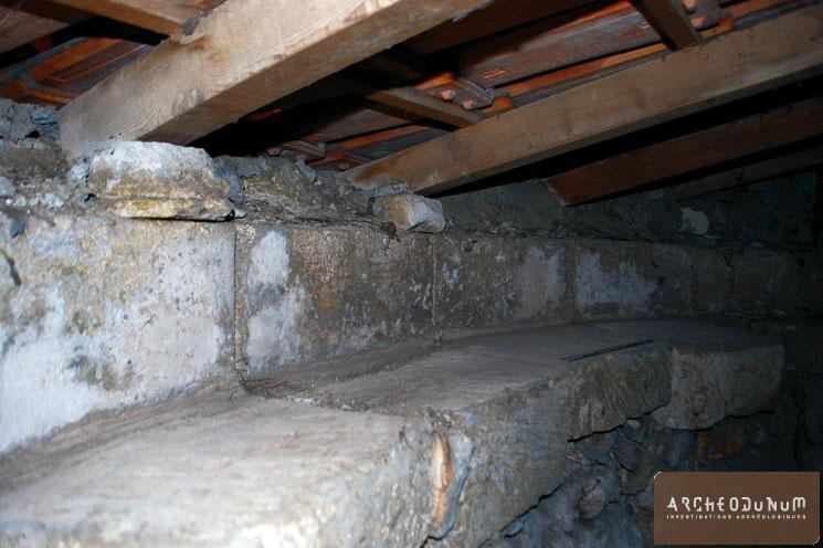 Le chemin dormant : assise de rotation de la calotte (toiture)