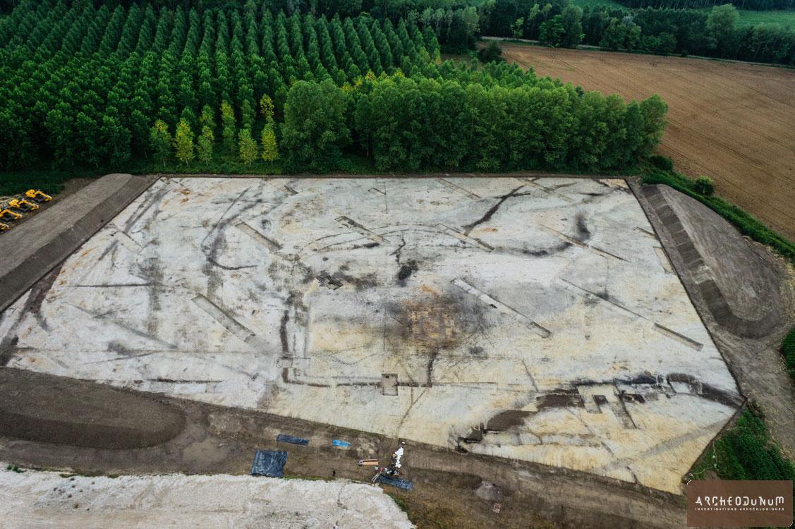 Vue aérienne du site (cliché : Flore Giraud).