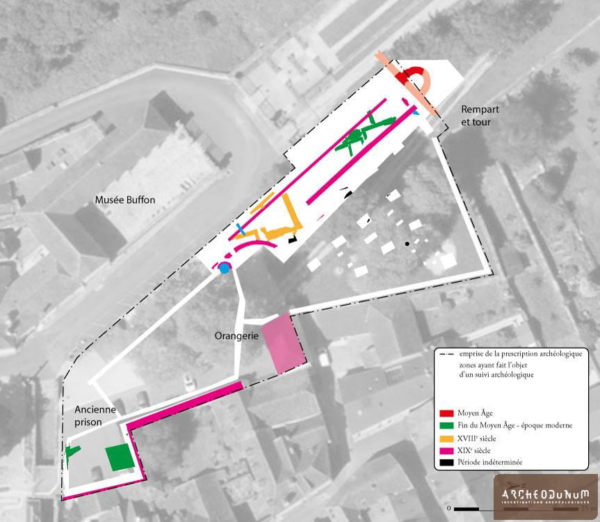 Plan phasé des vestiges superposé à une vue aérienne de 2017. Fond © Geoportail